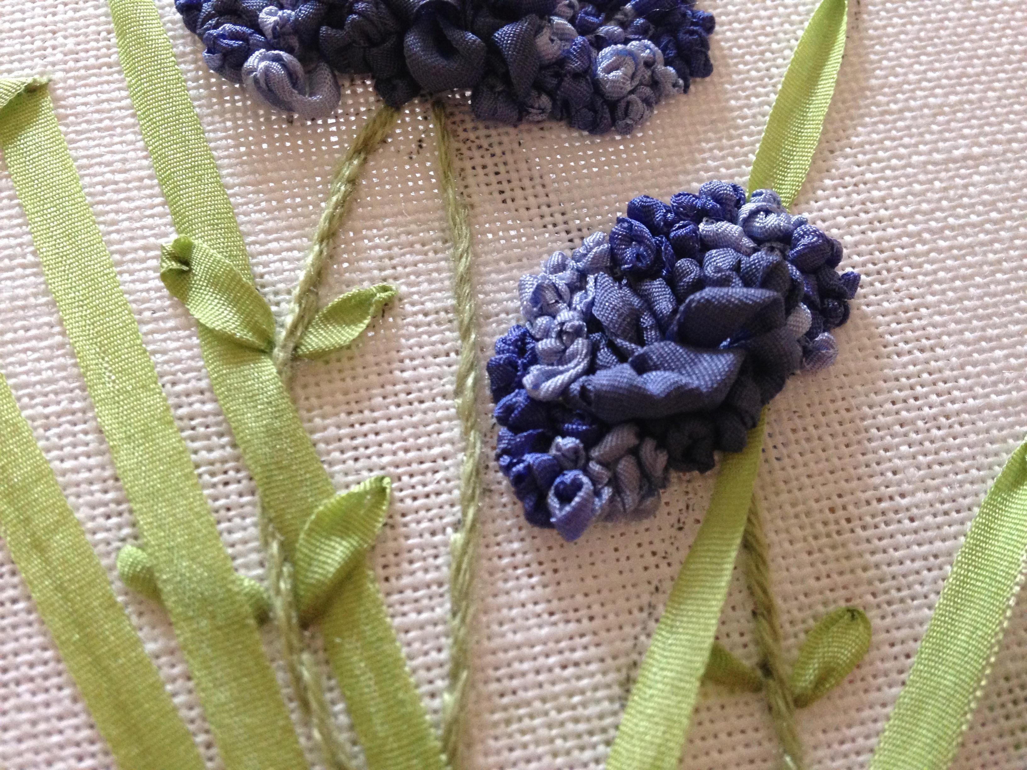 Blauwe bloemen zijdelint