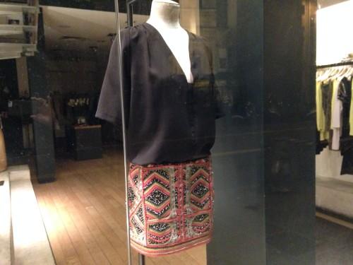 Ba-sh: geborduurde rok