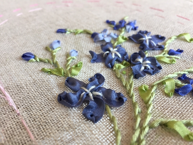 Online course Silk Ribbon Embroidery